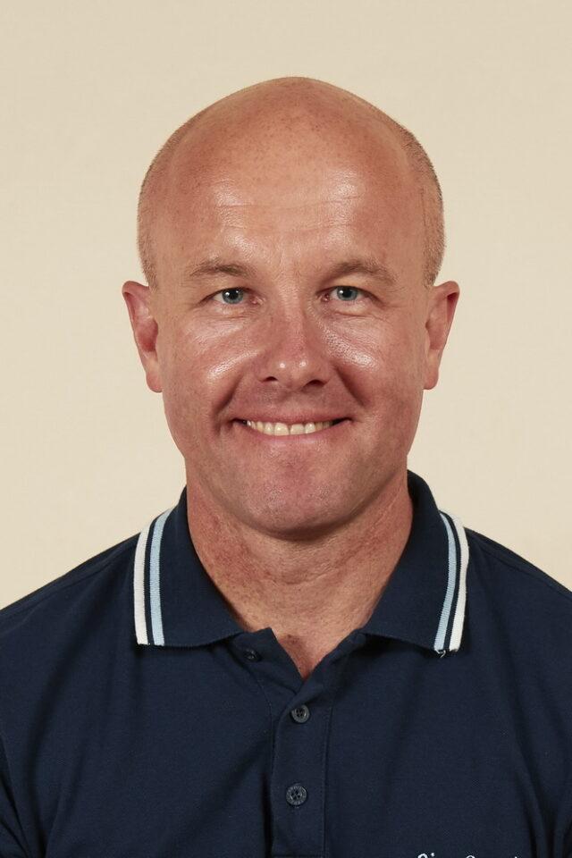 Rugby Borough FC - Simon Fox