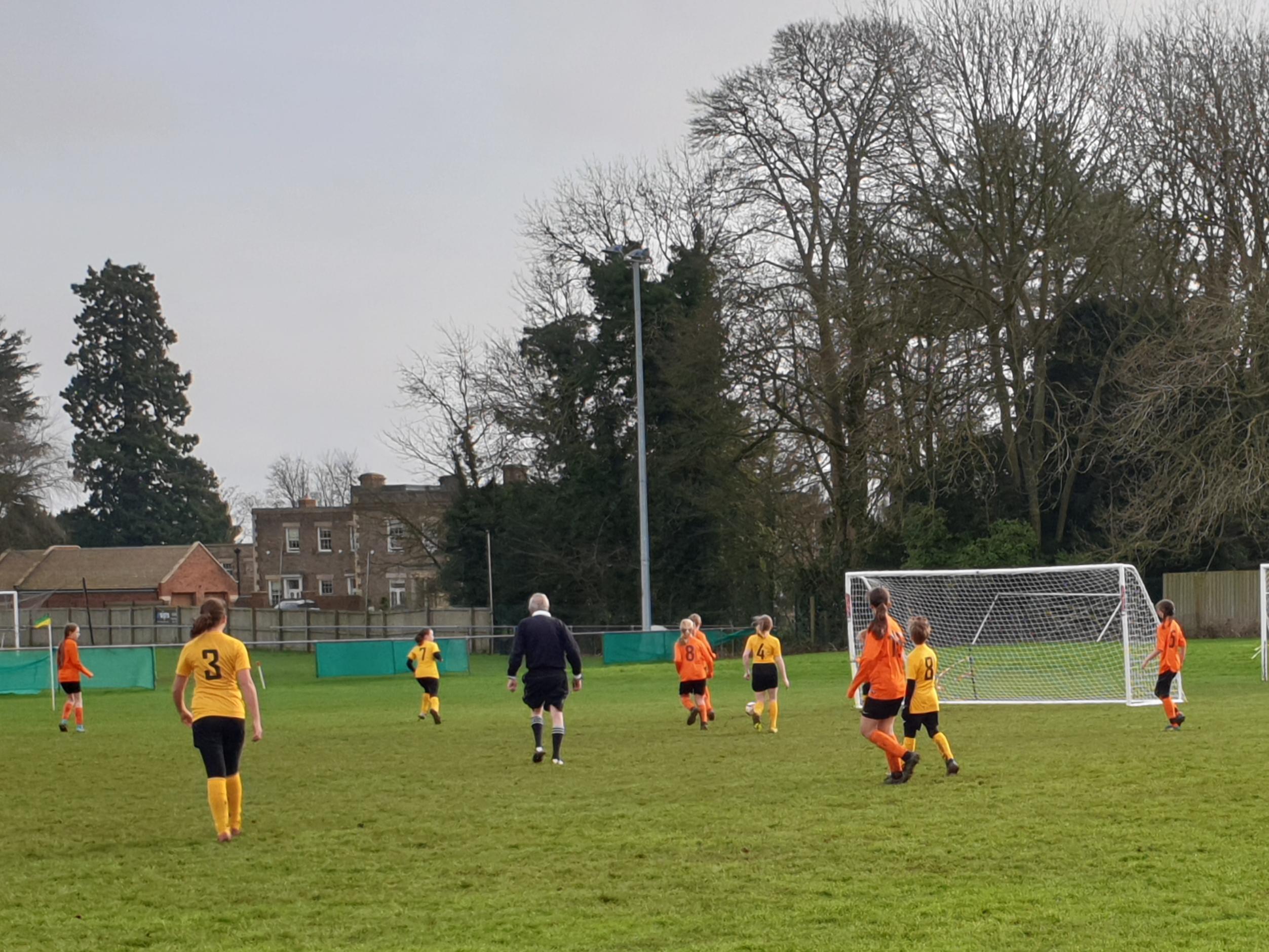 Oakham United Girls v Rugby Borough Girls U12s - Match Photo
