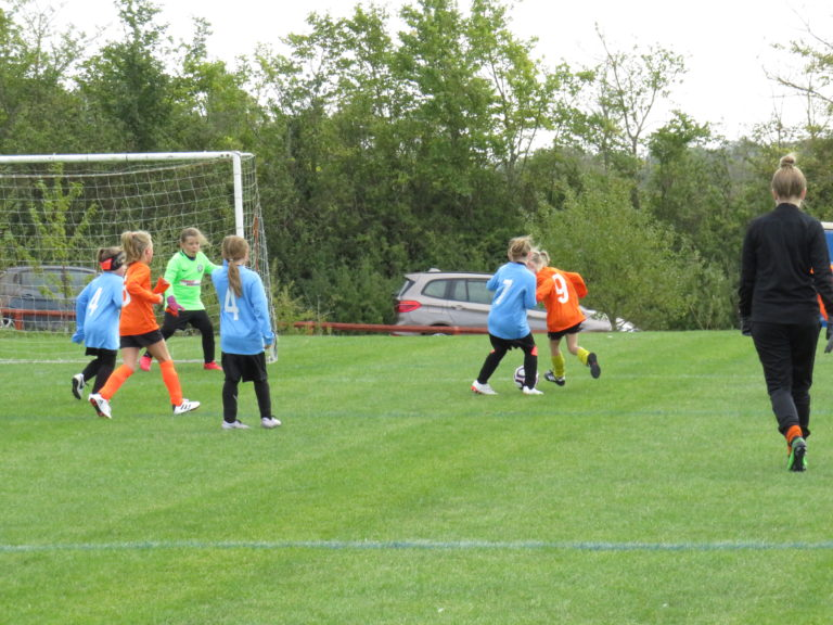 U8 Girls v Rugby Town - Match photo 1