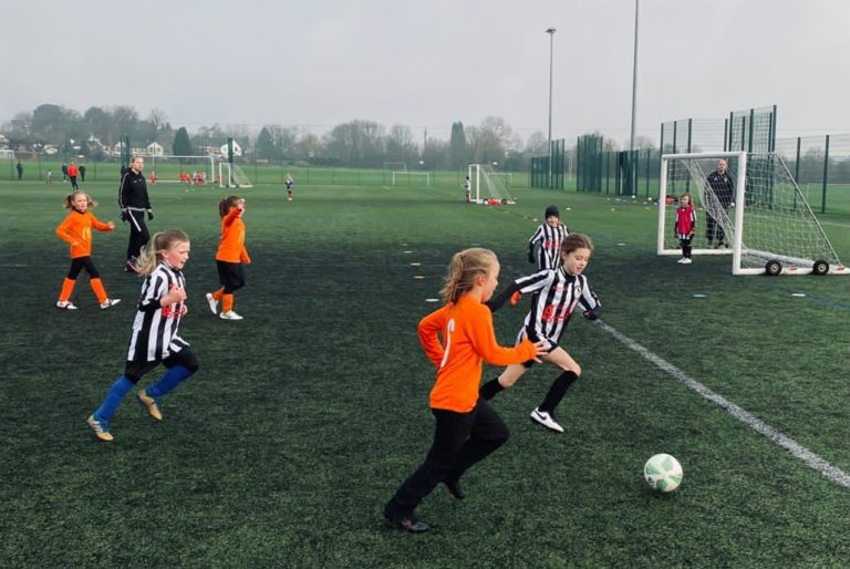 Coalville Ravenettes v Rugby Borough U8 girls - Match photo - 3