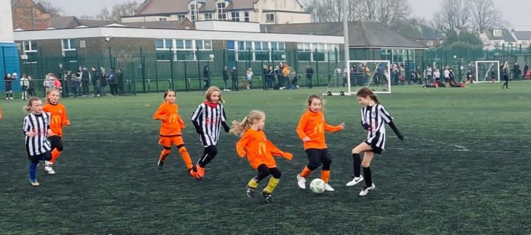 Coalville Ravenettes v Rugby Borough U8 girls - Match photo - 6