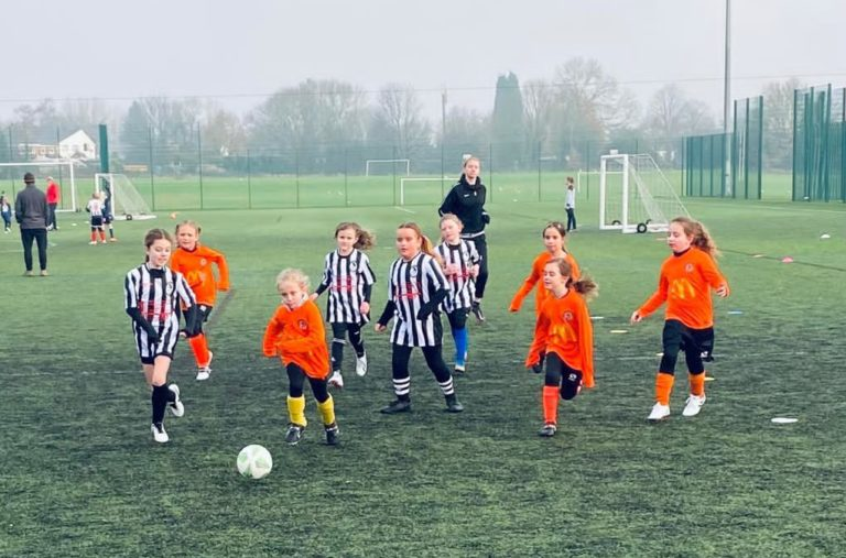 Coalville Ravenettes v Rugby Borough U8 girls - Match photo -8
