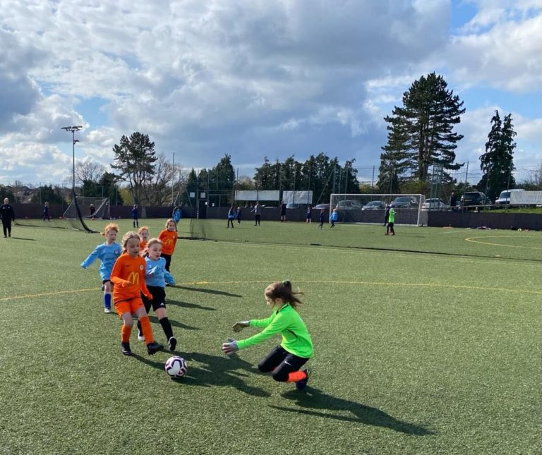 Rugby Town u8 v Rugby Borough u8 girls - match photo 2